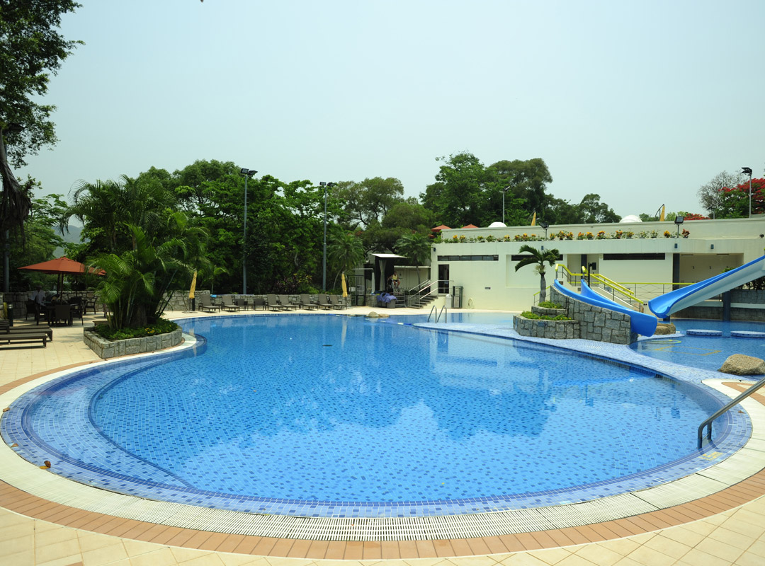 Swimming pools beas river country club membership - Club mahindra kandaghat swimming pool ...